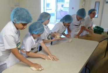 Y5 baking1