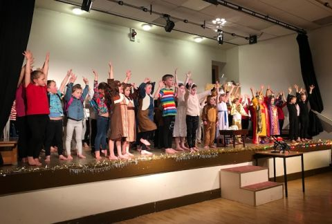 Lower School's Dazzling Nativity