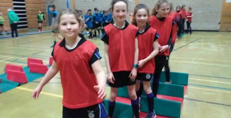 Year 6 Show Sensational Sportsmanship at Athletics